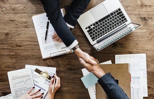 Biznesowe zawieranie umów