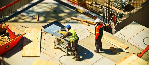 Budowlańcy na budowie