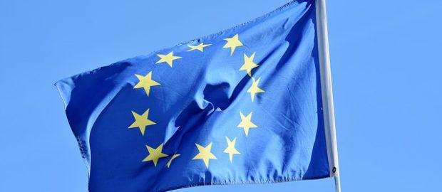 Niebieska flaga z gwiazdkami
