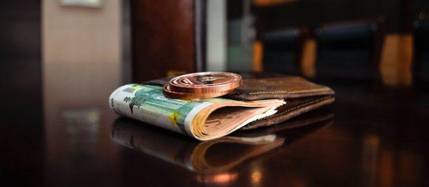 Banknoty w portfelu
