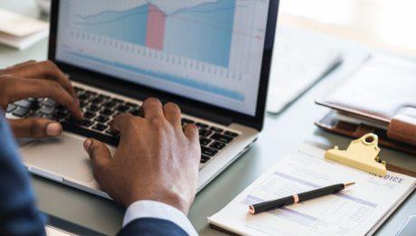 Porównanie kont dla firm – opłaty za otwarcie i prowadzenie rachunku firmowego, prowizje