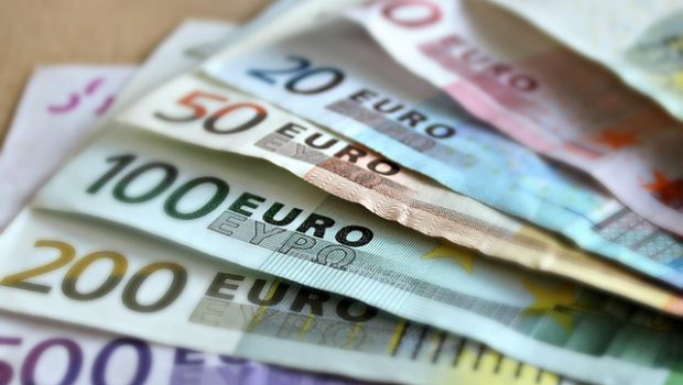 euro pieniądze papierowe