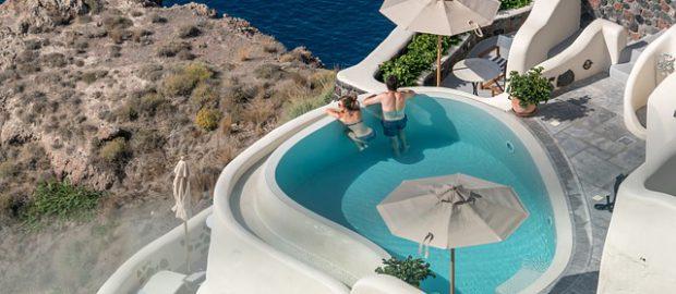 Basen w greckim Santorini