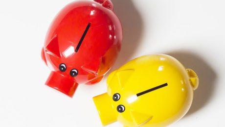 Od ilu lat można mieć konto w banku? TOP 3 ofert kont młodzieżowych we wrześniu