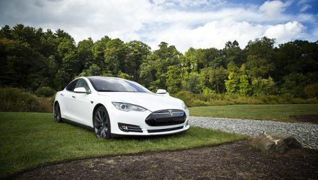 Producenci samochodów elektrycznych, nie tylko Tesla