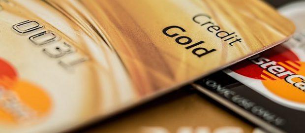 Dwie karty kredytowe
