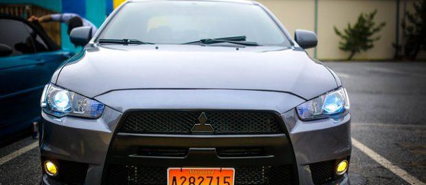samochód Mitsubishi Lancer