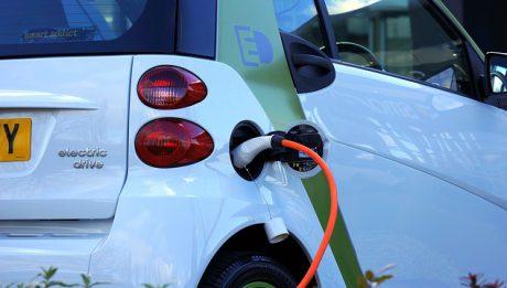 Samochody na prąd w Polsce – jakie można kupić, ile kosztuje eksploatacja samochodu na prąd?
