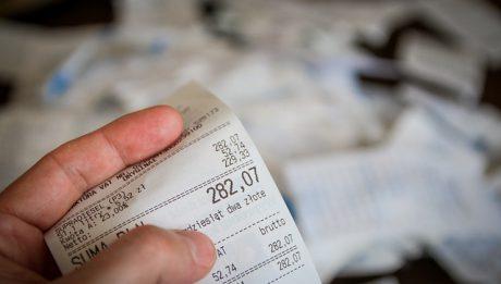 VAT – ile wynoszą stawki VAT dla różnych produktów i usług? Skąd różnice?