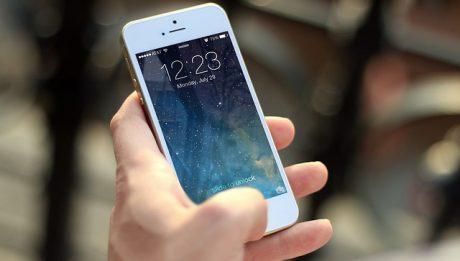 Apple Pay, Google Pay i Blik – jak płacić telefonem?