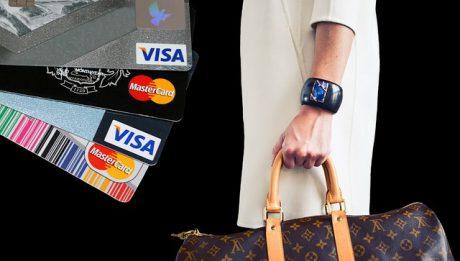 Na czym polega okres bezodsetkowy na karcie kredytowej?