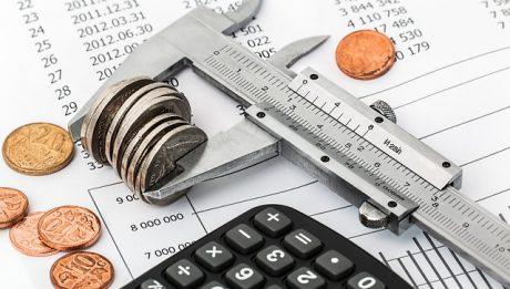 Jak wyjść z długów komorniczych?