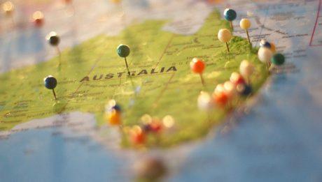 Jak tanio wysłać paczkę do Australii? Ile kosztuje paczka do Australii?