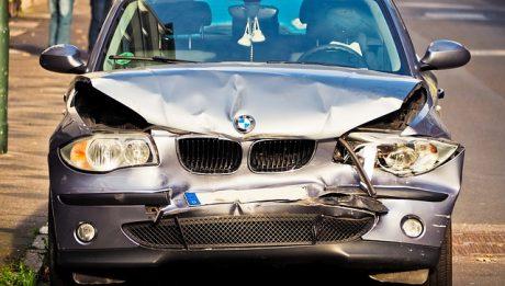 Ile kosztuje ubezpieczenie samochodu? Jak płacić mniej za ubezpieczenie auta?