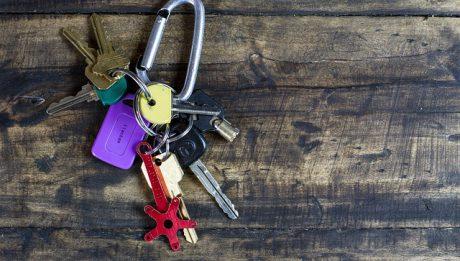 Od czego ubezpieczyć mieszkanie, dom? Ile kosztuje ubezpieczenie mieszkania i domu?