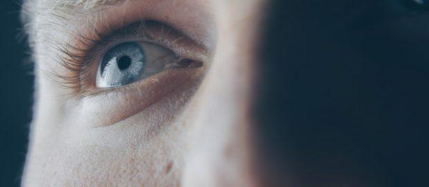 Mężczyzna i oko