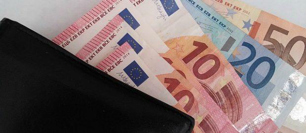 pieniądze-pożyczki-chwilówki