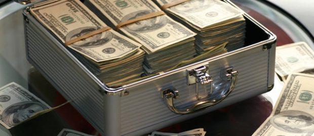 Skrzynka z pieniędzmi
