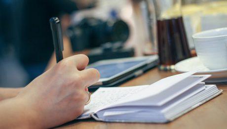 Notowanie, zeszyt, dłoń
