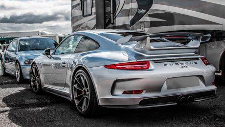 Porsche – jak powstała ta luksusowa marka samochodów?