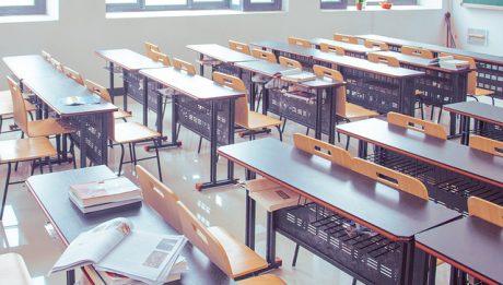 Ile kosztują studia? Ile kosztuje akademik, jakie opłaty za studia zaoczne, dzienne, wieczorowe?