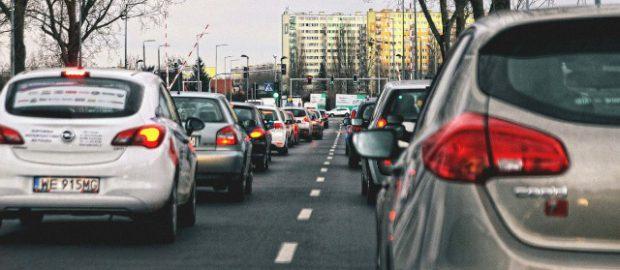 ubezpieczenie-samochodu-droga-auta