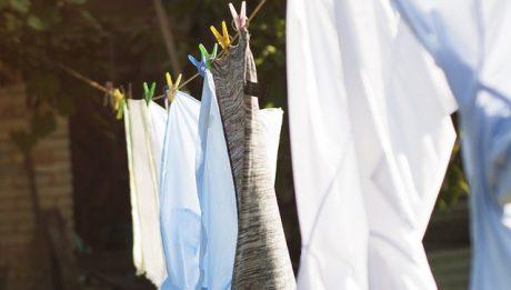 Ile kosztuje jedno pranie w pralce automatycznej? Koszty prania – jak zmniejszyć?