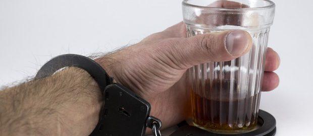 ile kosztuje leczenie alkoholika