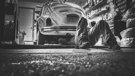 Wzrost cen badania technicznego: ile kosztuje pierwszy przegląd motocykla oraz samochodu?