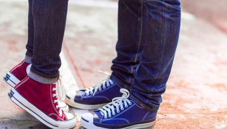 Ile kosztują conversy w Anglii? Ceny obuwia popularnych marek w Wielkiej Brytanii