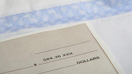 Co to jest czek? Gdzie zrealizować czek?