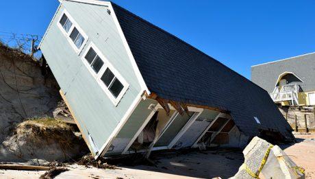 Odszkodowania po nawałnicach i klęskach żywiołowych – co warto wiedzieć kiedy wybierasz ubezpieczenie?