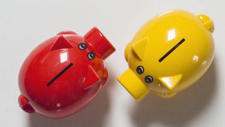 Jakie są różnice między przychodem a dochodem?