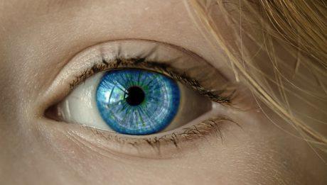 Szkła kontaktowe – ile kosztują, jakie są rodzaje?