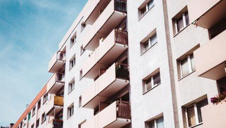 Kredyt mieszkaniowy – jakie dokumenty trzeba przygotować?