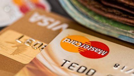 Kradzież karty płatniczej – co zrobić? Kiedy przysługuje Ci chargeback?