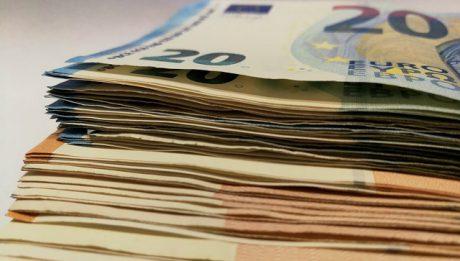 Kredyt – jak obliczyć wysokość rat, odsetki czy czas spłaty?