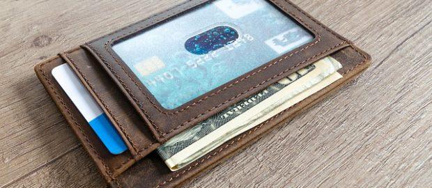 Portfel z kartą kredytową