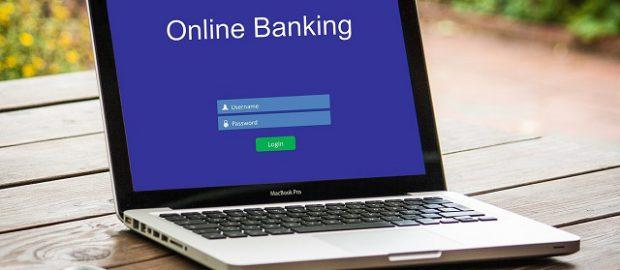 Komputer z bankowością online