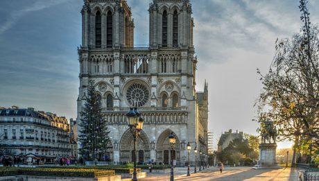 Pożar Notre Dame, Dalszy ciąg strajku… – przegląd 15 kwiecień 2019