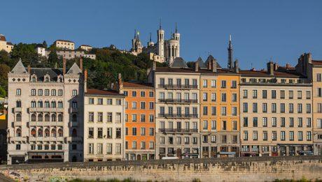Zamach w Lyonie, Rezygnacja Theresy May… – przegląd 24 maj