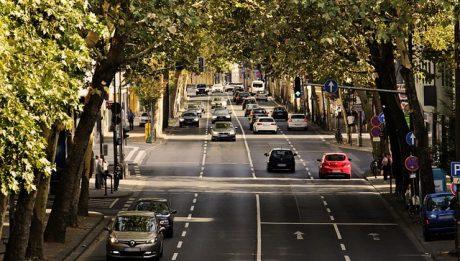 Ile kosztuje przekroczenie prędkości o 50 km? Jakie konsekwencje?