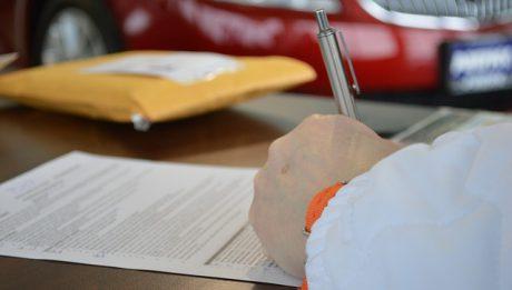 Przerejestrowanie samochodu: od czego zacząć, ile kosztuje, jakie dokumenty?