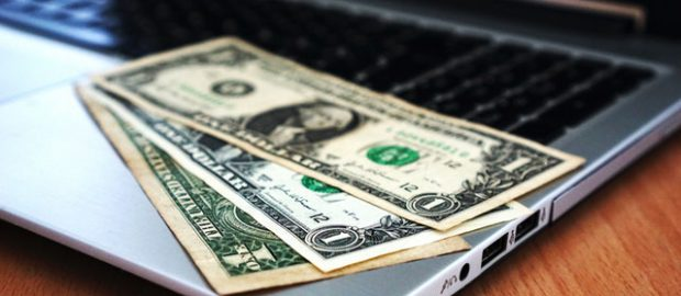 Pieniądze na komputerze