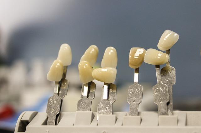 zeby-uslugi-dentystyczne