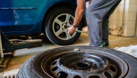 Najczęstsze naprawy w samochodach – koszty
