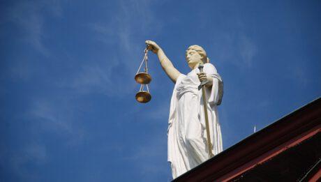 Jak odzyskać należności? Windykacja, pomoc adwokata?