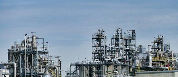 rafineria naftowa