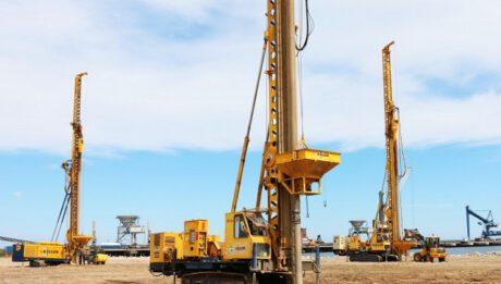 Koszt robót geotechnicznych. Ile kosztuje wzmacnianie podłoża czy zabezpieczenia gruntów?