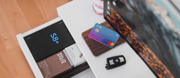 Komputer i karta kredytowa